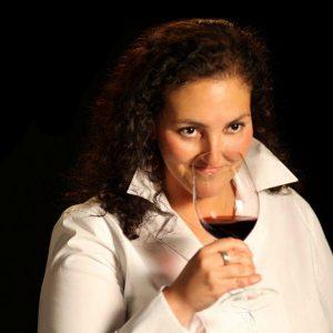 elizabeth-vianna-chimney-rock-winery